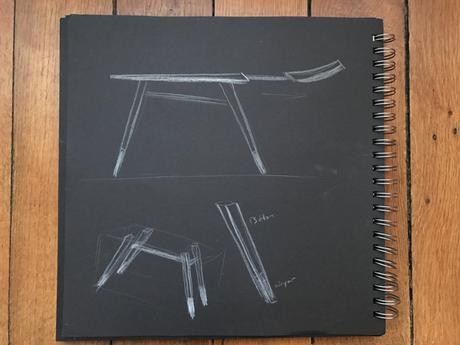 Louise table à écrire par Guilhem Huynh