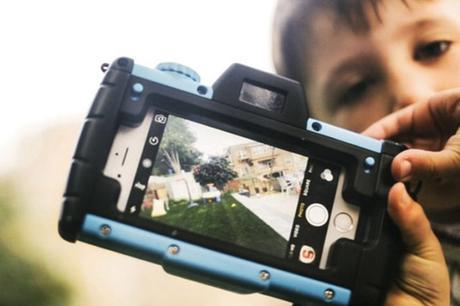 Pixlplay transforme votre smartphone en un appareil photo vintage renforcé