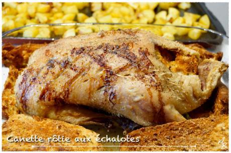 Canette rôtie aux échalotes et pommes de terre au four