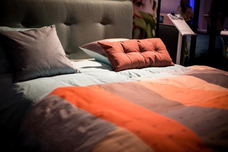 Déco \ Hauts les coeurs (et les couleurs!) dans votre lit