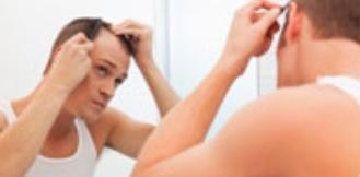 CALVITIE : Cheveux ou sexualité ? Il faut parfois choisir – Peer J.