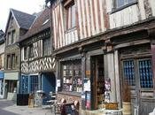 BERNAY, maisons colombages