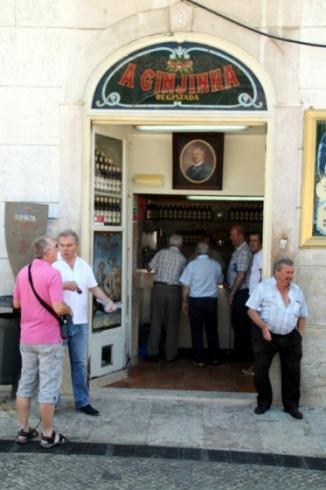 Que faire à Lisbonne : boire une ginjiha