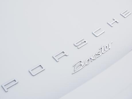 Porsche : 200 millions d'euros dans les services numériques
