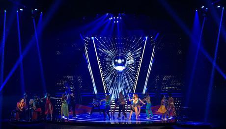 Saturday Night Fever : la folie du disco en comédie musicale, et dans votre centre commercial !