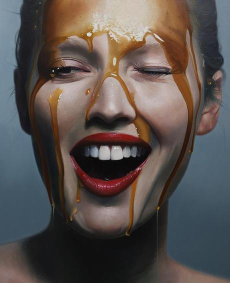 Mike Darkas – Hyper-realistic paintings of @tonigarrn – oil on canvas 145x195cm