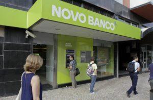 La vente de la banque portugaise Novo Banco divise encore le pays