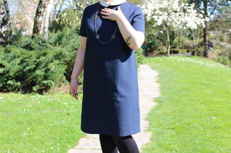 blog-mode-nantes-detail-robe-bleue-col-claudine-kiabi