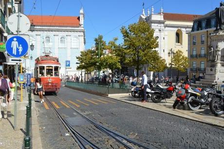 Tram rouge de Lisbonne
