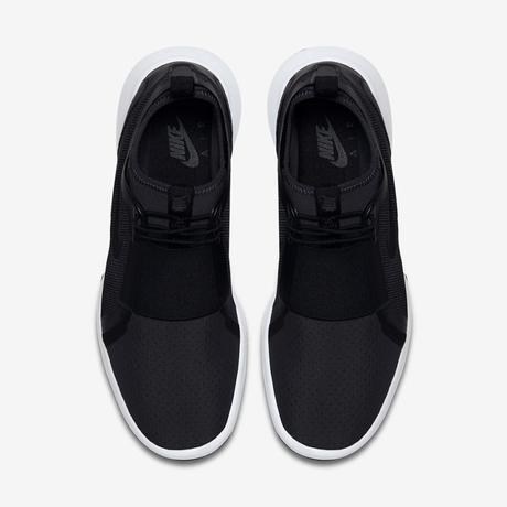 Nike Air Current Slip On