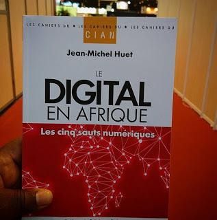 Pavillon des Lettres d'Afrique - Questions digitales, question de digital