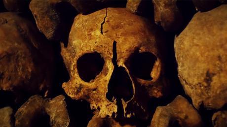 [Vidéo] Plongée dans les Catacombes de Paris
