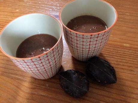 Chocolat chaud épicé : le cacao vide placard sans œufs, sans lait, sans gluten