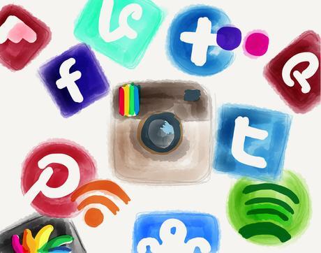 Candidats à la présidentielle et réseaux sociaux