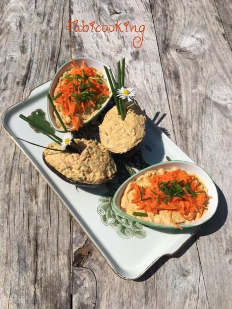 Avocat garni au thon et mascarpone