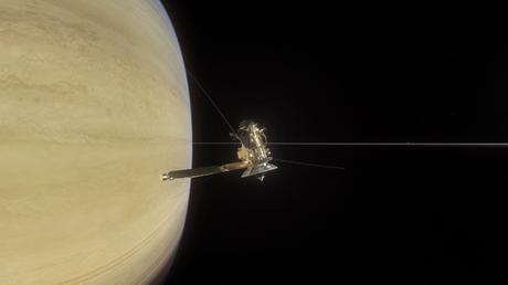 Ce qu'a vu Cassini lors de son premier grand plongeon entre Saturne et ses anneaux