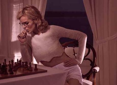 Jouez à la question du mercredi sur les échecs - Photo © Mikael Jansson pour Vogue Paris Mars 2016