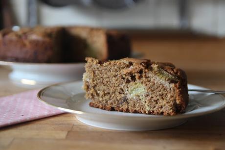 Gâteau au quinoa et à la rhubarbe