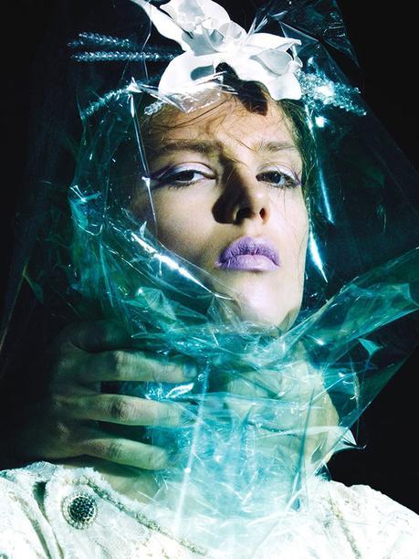 Caroline Brasch Nielsen par Greg Kadel pour Numéro