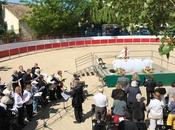 Messe provençal dans arènes