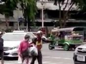 Bangkok, obtenir mérites mépris danger (vidéo)