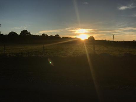 Coucher de soleil dans le Forez, et tristesse