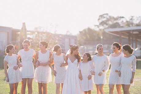 robe courte blanche pour demoiselle d'honneur