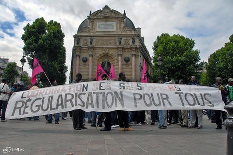 http://media.paperblog.fr/i/88/883584/manifestations-parisiennes-sans-papiers-L-1.jpeg
