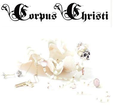 http://media.paperblog.fr/i/90/902474/corpus-christi-L-1.jpeg
