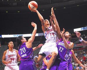 WNBA: Détroit lâche prise.