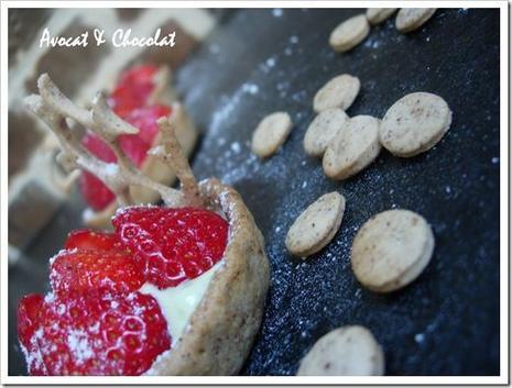 tartelette fraise sur lit frais à la pistache
