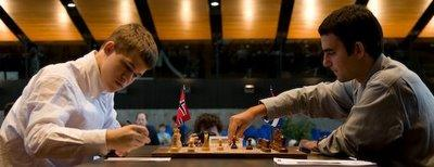 Magnus Carlsen contre Leinier Dominguez (ronde 5)