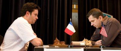 Alexander Onischuk - Etienne Bacrot - photo Olivier Breisacher