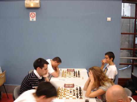 8ème ronde, Ofo (1796) -  Inna Iasman (1958) : 0.5-0.5