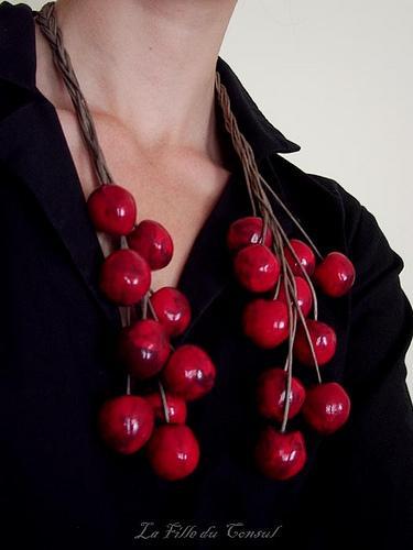 Collier de cerises - cherries necklace