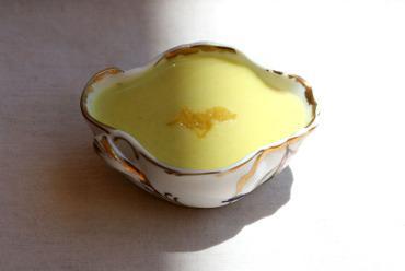 Lemon_soup_soupe_citron_sopa_lemao