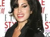 Winehouse adopte bouddhisme
