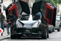 Rolls-Royce portières ouvertes