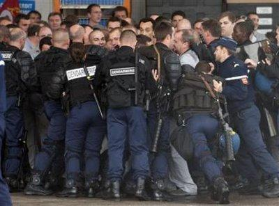 Lundi noir: Sarkozy a-t-il peur de son incapacité ?