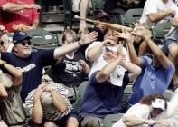 batte de baseball dans le public