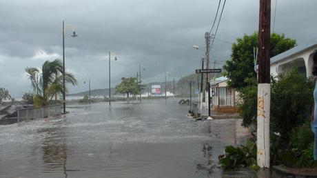 cyclone_omar_2.jpg