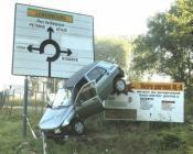 accident voiture panneaux