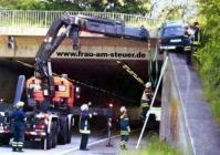 accident voiture pont