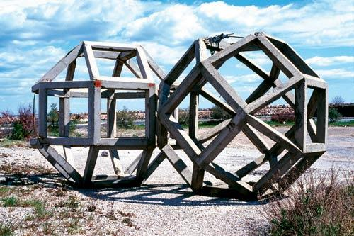 Les Formes du repos #1 (Rhombi), 2001. Light-jet, 70 x 100 cm. Courtesy galerie Michel Rein, Paris