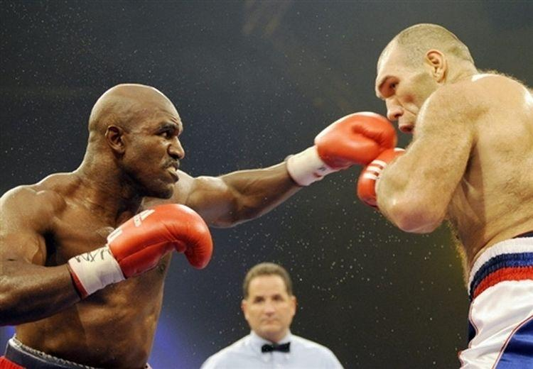 Nikolay Valuev champion du monde WBA