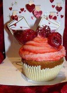 IC:E Wine: UltraViolette Kir Royale Cupcakes