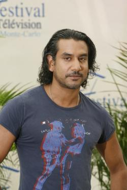 Naveen Andrews de Lost