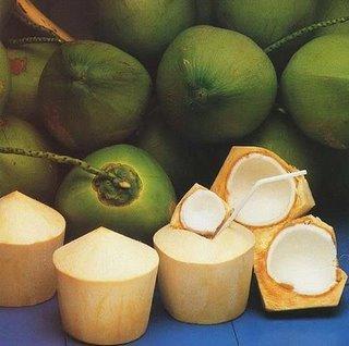 Couper Noix De Coco comment couper facilement une jeune noix de coco thaï quand on est