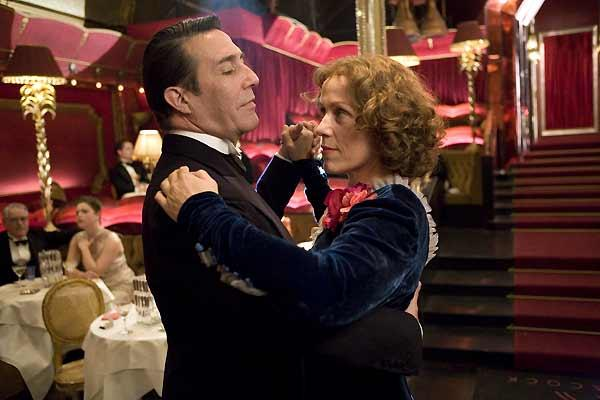 Frances McDormand et Ciarán Hinds. EuropaCorp Distribution