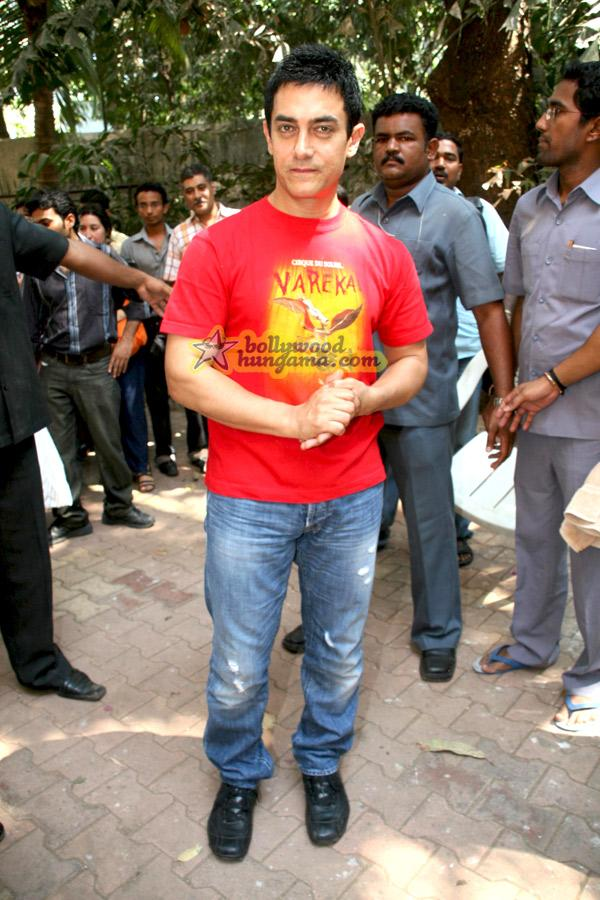[PHOTOS] Aamir Khan fete son anniversaire
